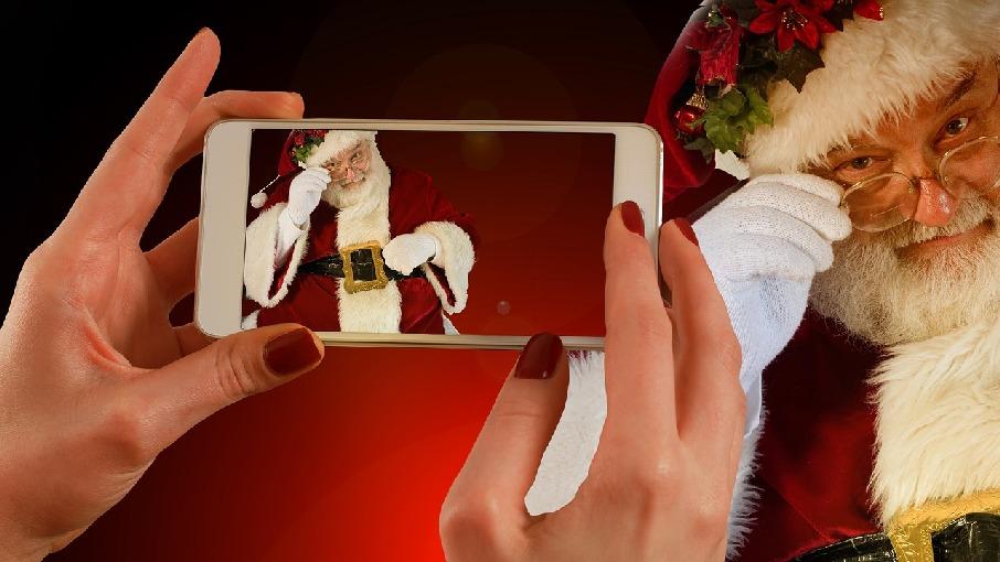 Interview mit dem Weihnachtsmann - Geheimnisse, Geschenke und ...