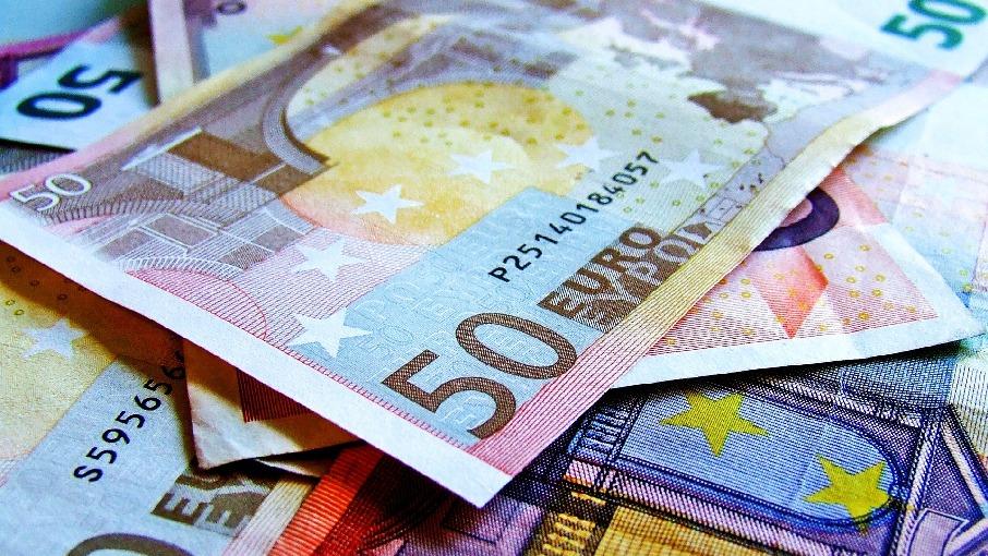 100 euro im monat ber dann kannst du einfach euro sparen. Black Bedroom Furniture Sets. Home Design Ideas